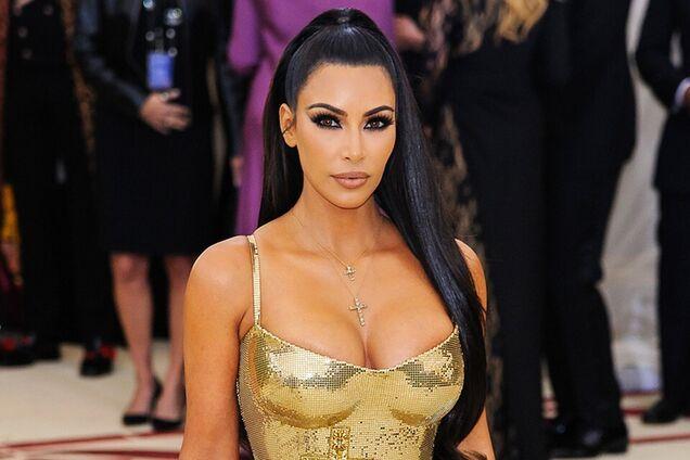 Ноги, как у Ким! Кардашьян изобрела революцию в мире косметики
