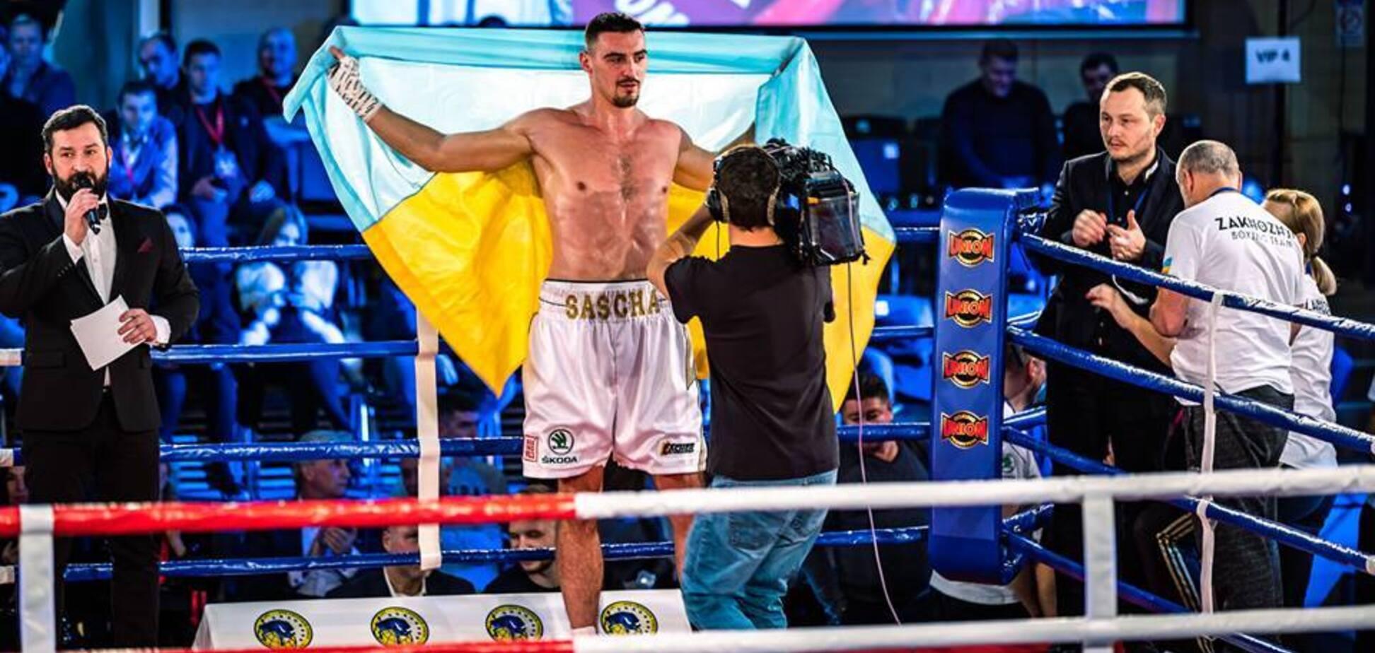 Непобедимый украинский боксер выиграл бой нокаутом во 2-м раунде