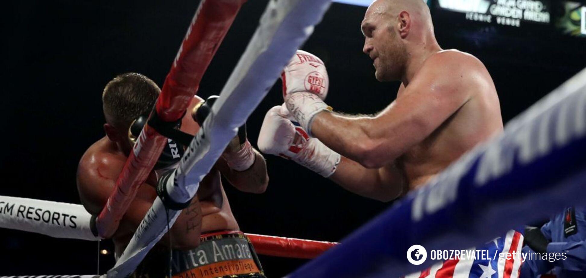 Фьюри устроил безумное шоу в ринге, повторив Мохаммеда Али