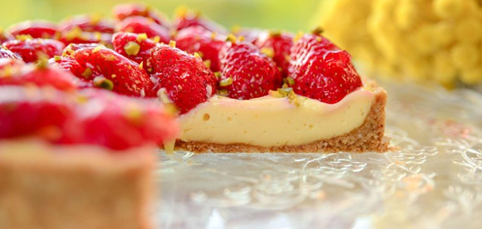 Полуничний тарт: кращий рецепт без випікання
