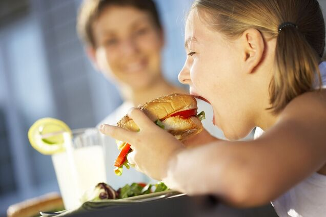 Розлучення призводить до ожиріння дітей: з'явилося пояснення