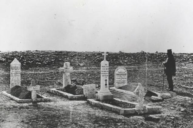 """""""Деды не те!"""" В Крыму поиздевались над могилами британских солдат"""
