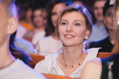 ЗМІ розібрали вбрання дружини Зеленського на зустрічі з Макрон: скільки коштує