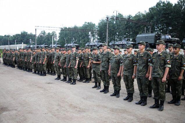 Путин завел колонны военных и танки в Беларусь
