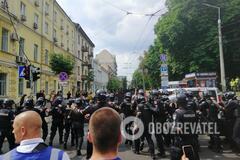 На Марші рівності в Києві пройшли зіткнення, було чути постріл