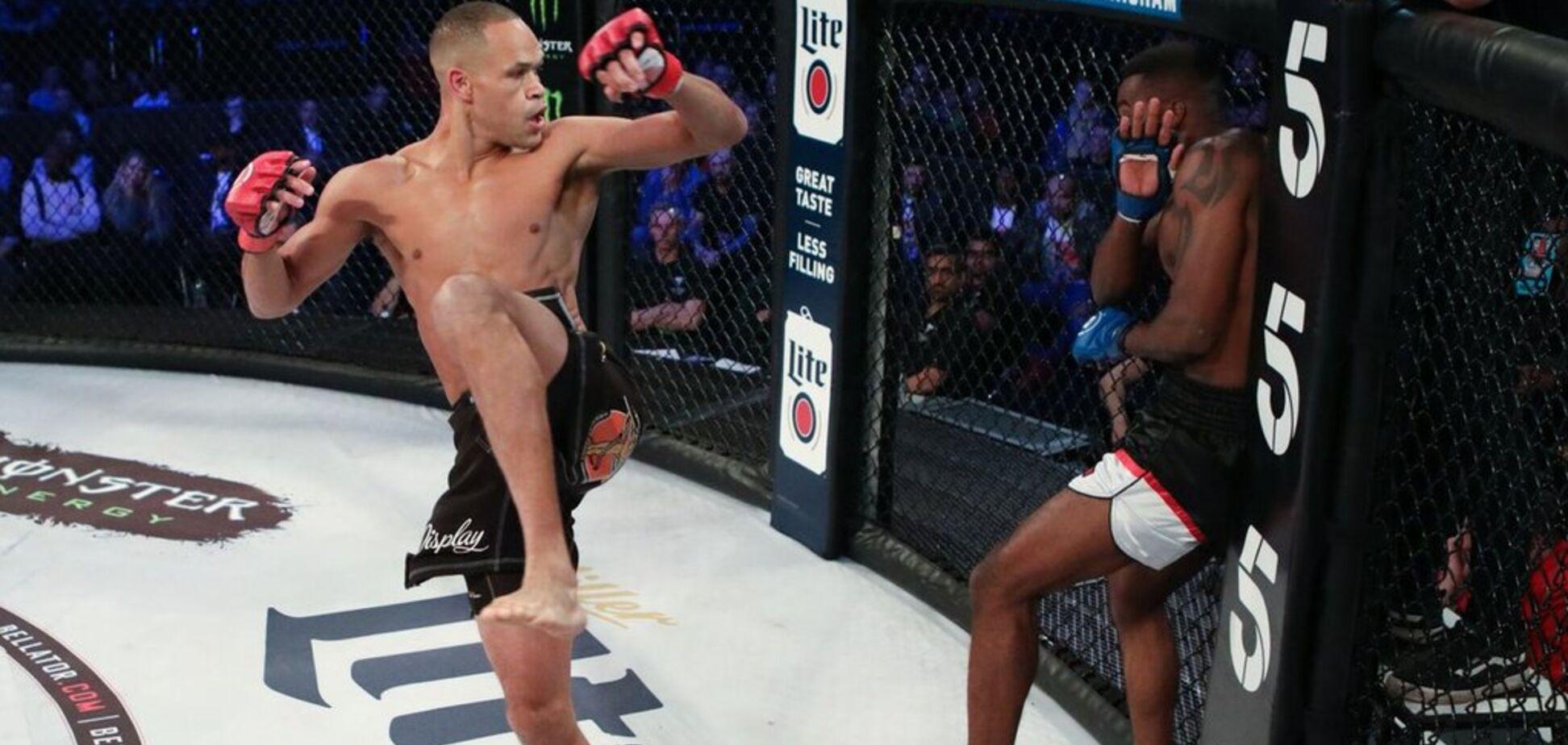 Нокаут года: боец ММА победил 'летающим' ударом из файтинга