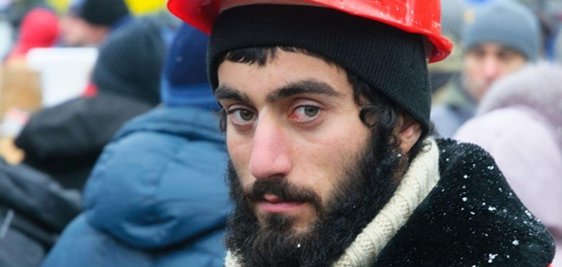 У Києві розгромили меморіал героя Небесної Сотні Нігояна