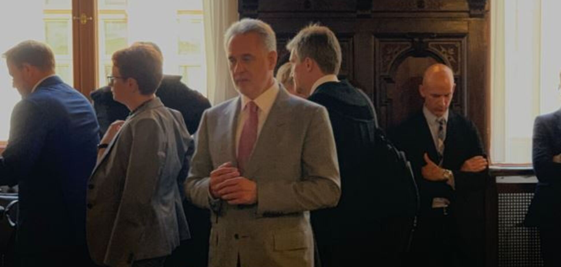 В Австрии начался громкий суд по Фирташу: на заседание приехал Левочкин