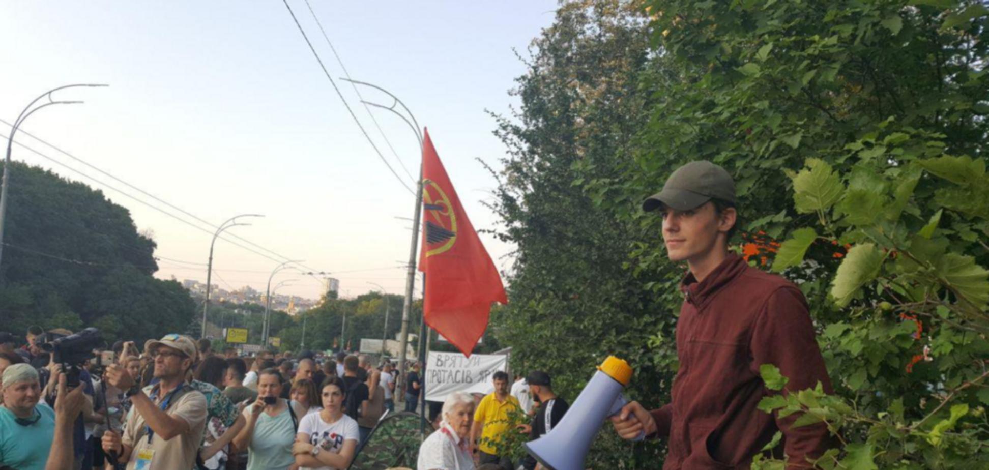 'Когда нет аргументов – включается сила': застройщик прокомментировал ситуацию на Протасовом Яру
