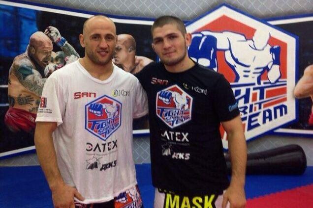 Александр Бутенко (слева)
