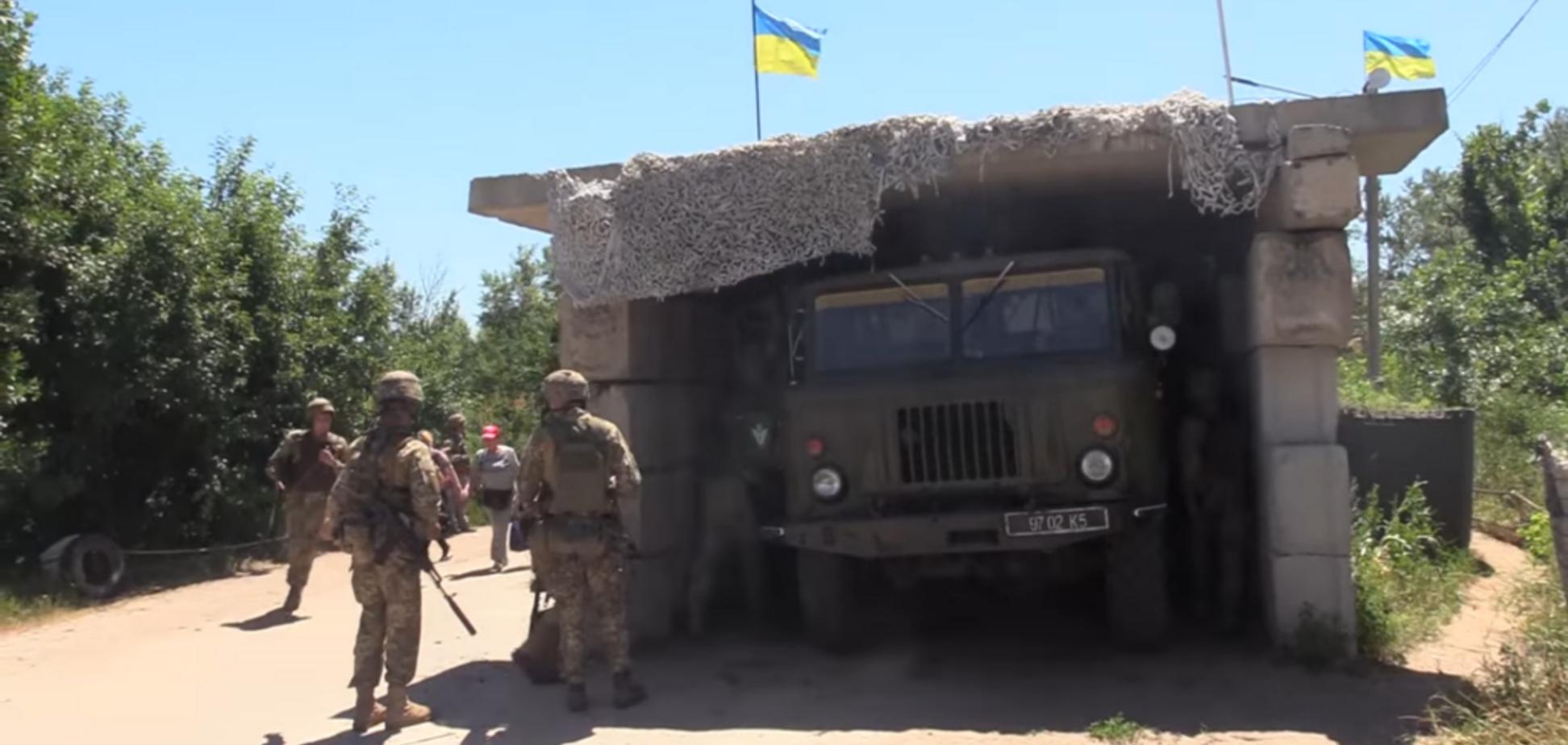'Бойовики х*р клали!' Волонтер розгромив відведення військ ЗСУ на Донбасі