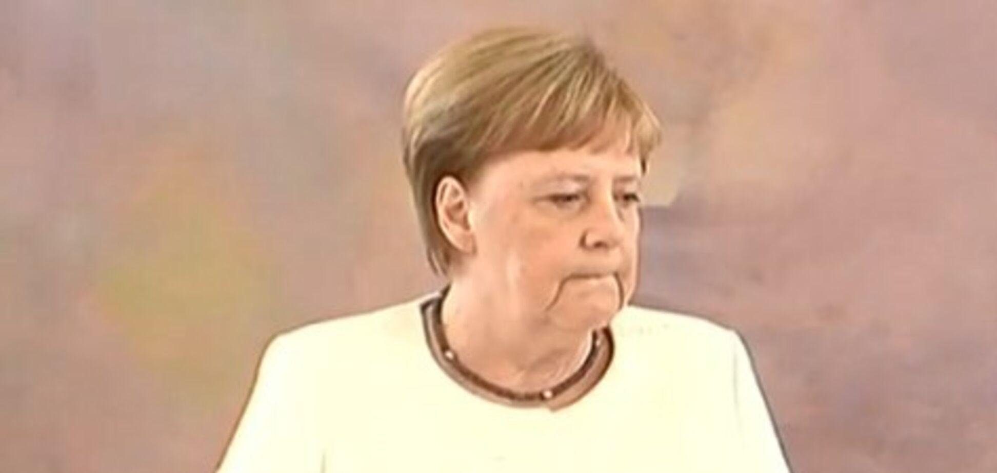 Меркель снова стало плохо на публике: момент попал на видео