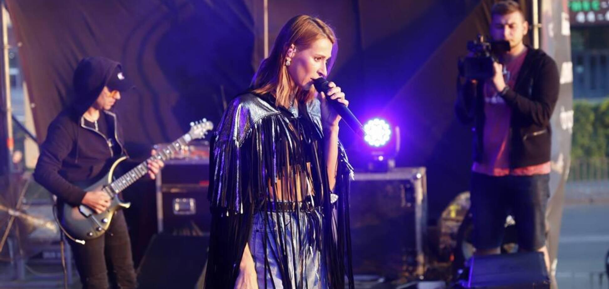 Концерт певицы TAYANNA на День молодежи в Днепре собрал 7 тысяч зрителей
