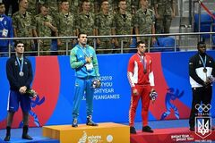Український боксер в кривавому бою виграв 'золото' Європейських ігор