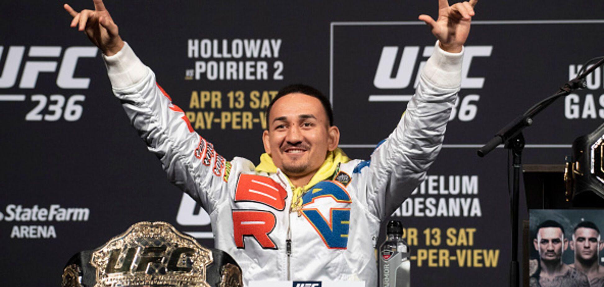 'Одним ударом': чемпион UFC выполнил редчайший трюк и 'взорвал' Instagram