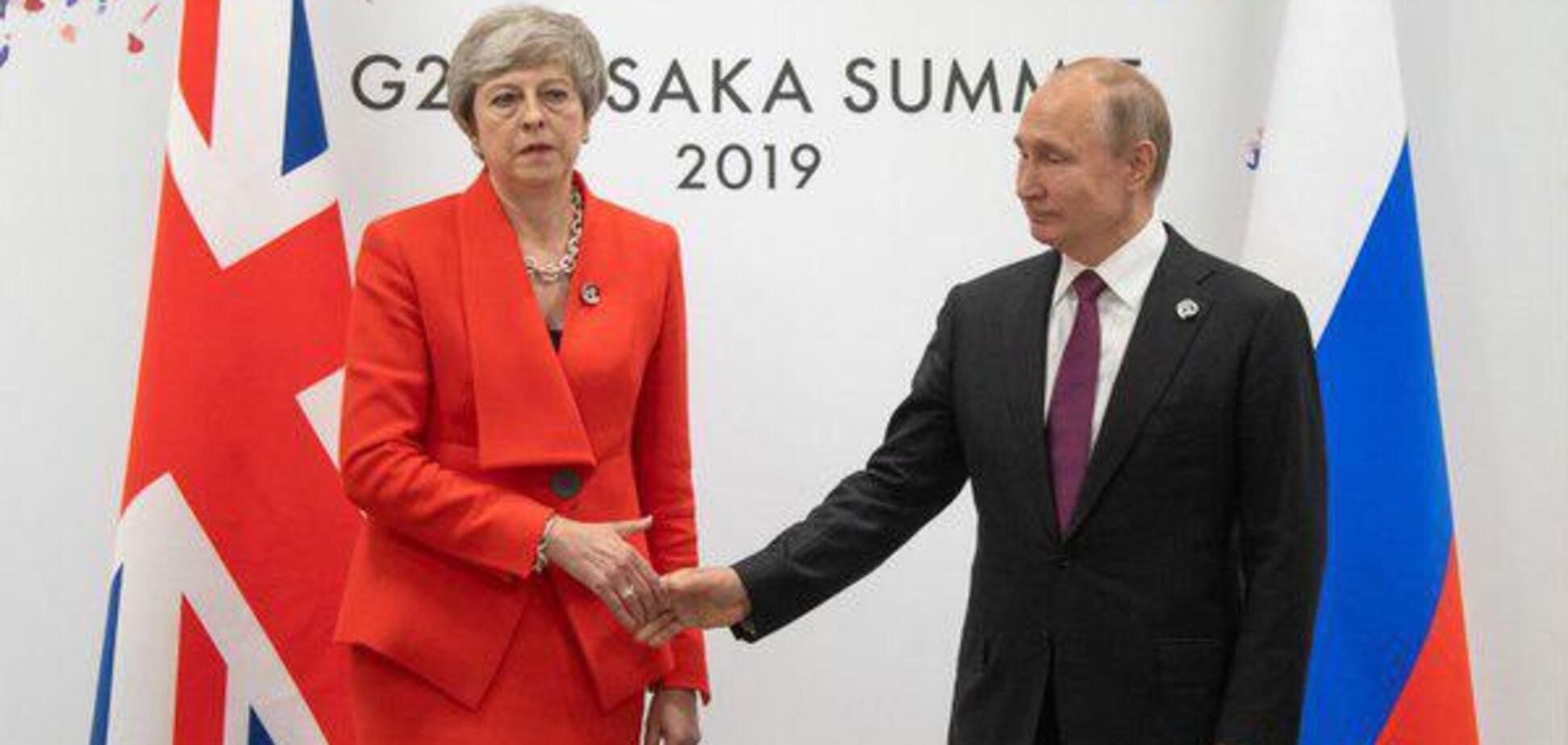 С глазу на глаз: у Путина пожаловались на жесткий разговор с Мэй по Скрипалям