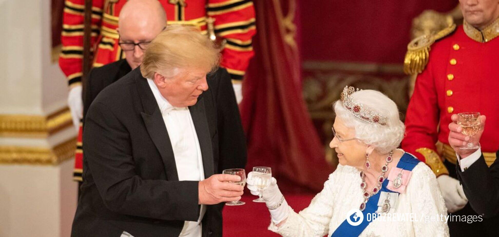 Заколисала: Трамп потрапив у новий конфуз із королевою Британії. Відеофакт
