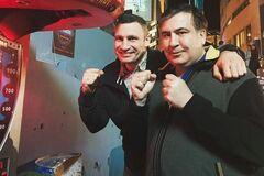 Кличко предложил Саакашвили возглавить его партию: что известно
