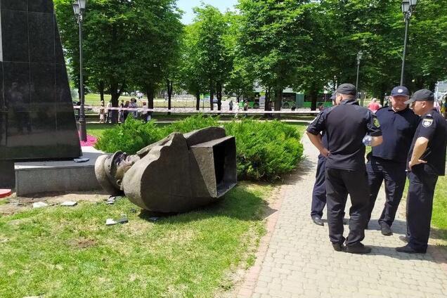 У Харкові знесли пам'ятник Жукову