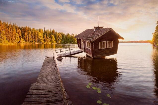 Будинок на воді, ілюстрація