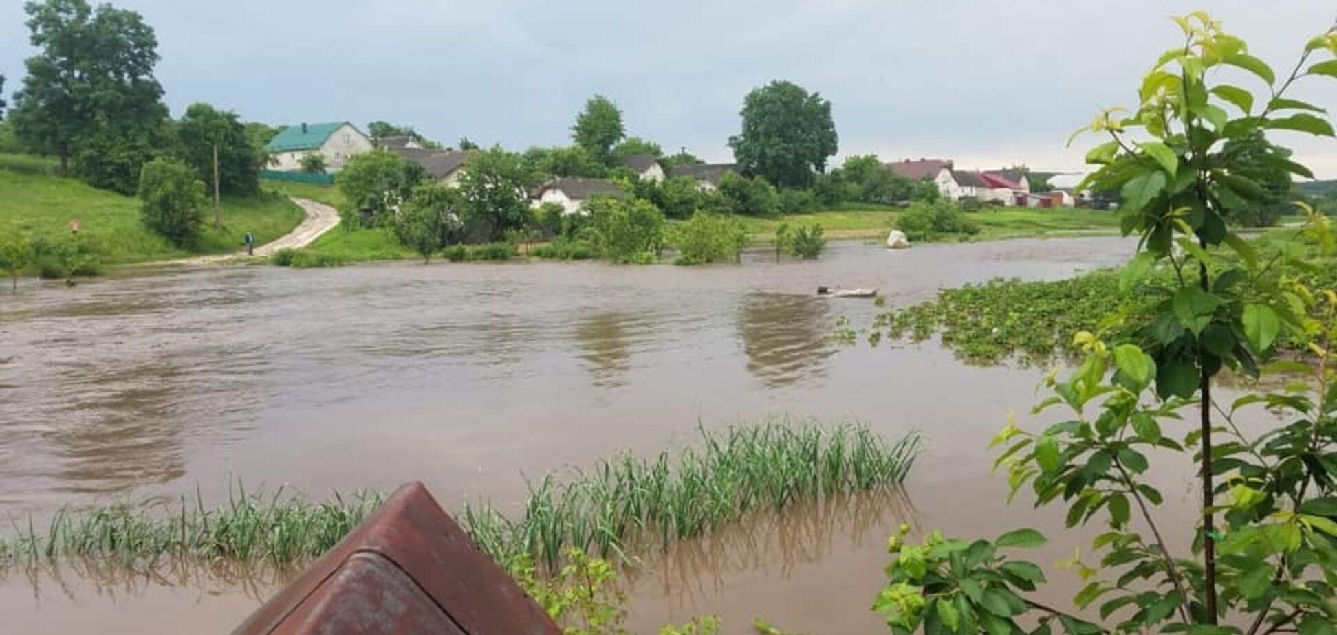 Тернопольщина из-за ливней ушла под воду: фото и видео стихии
