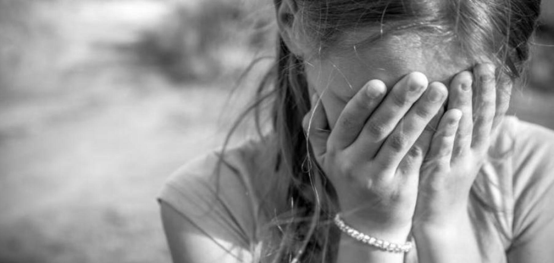 Ногой в живот: в школе Запорожья жестоко издевались над детьми