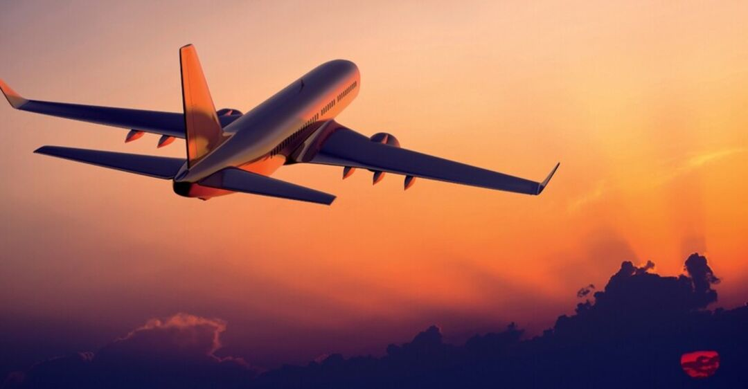 Авиакомпанию в Украине лишили права на перелеты: что случилось