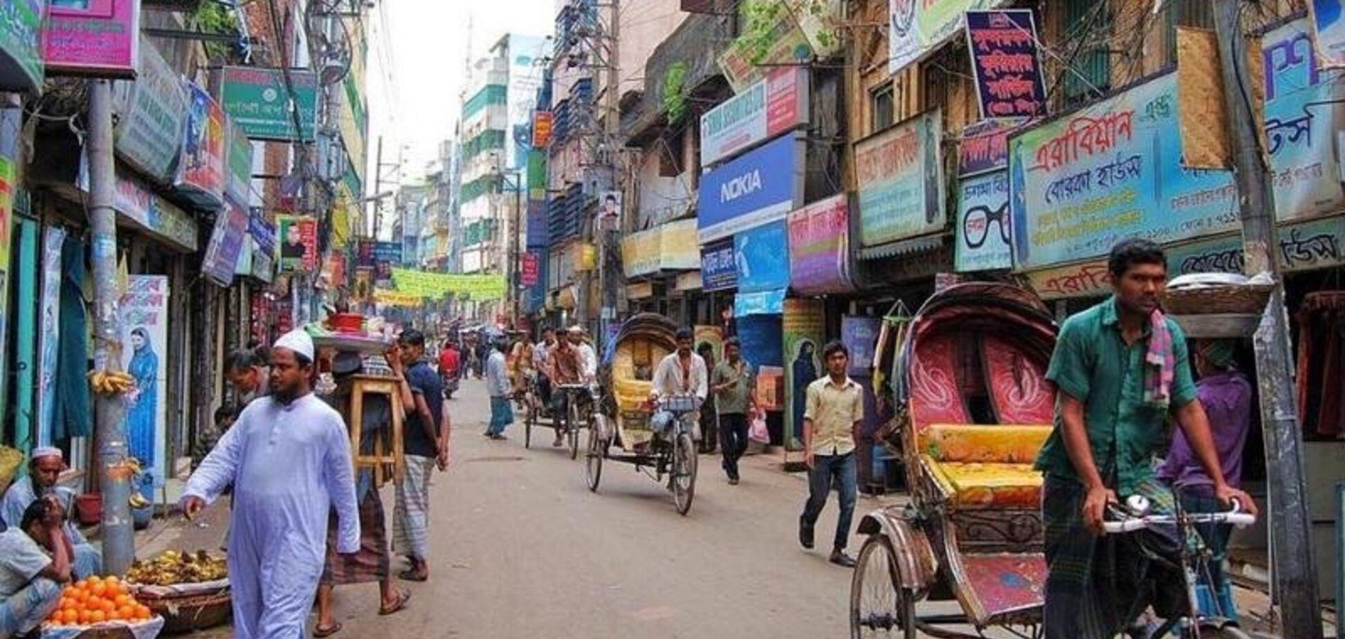 У Бангладеш затримали 6 українців
