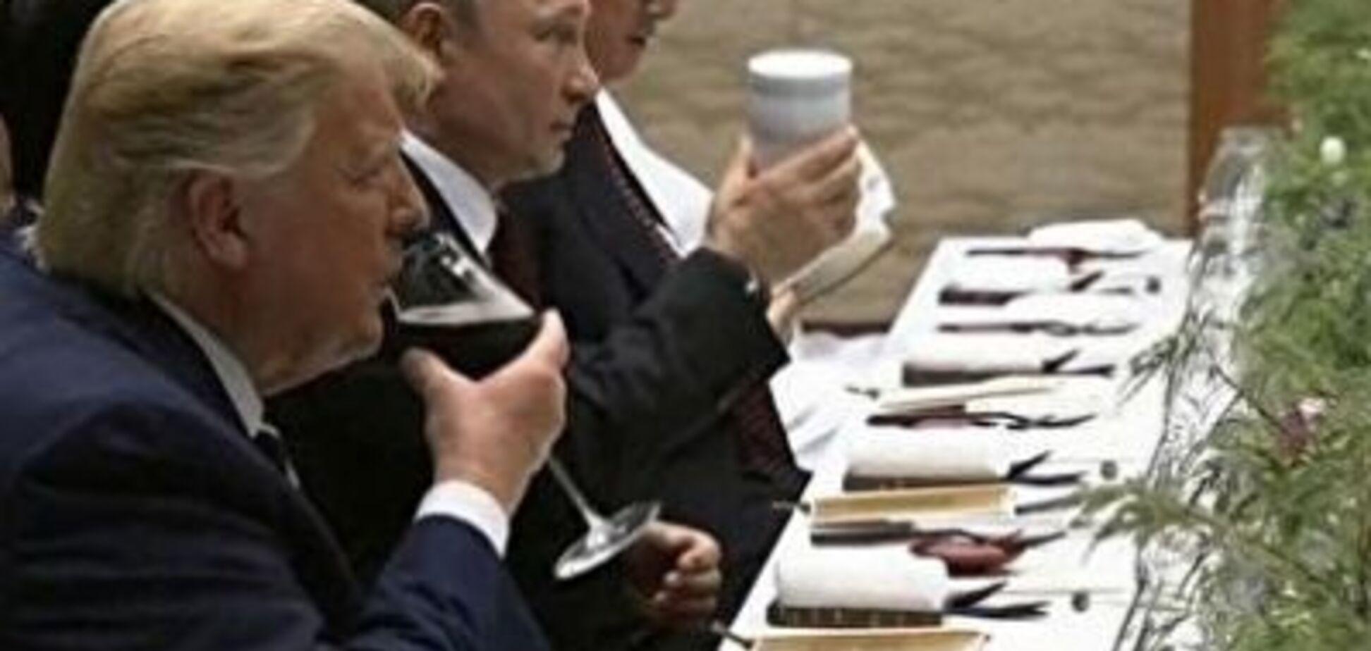 Путин и чашка: 'сказочный' боится пить не из своей посуды