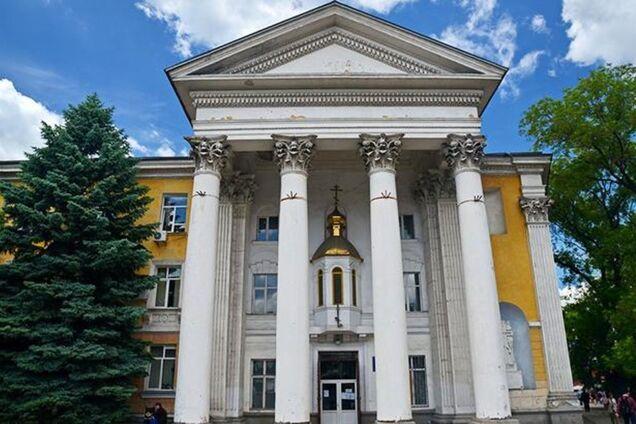 В Крыму суд изъял у украинской церкви здание