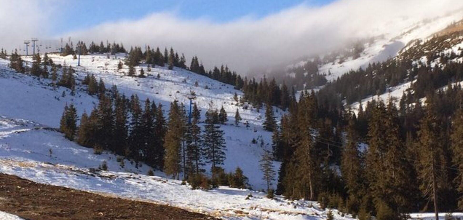 В Карпатах посреди лета выпал снег: опубликовано фото