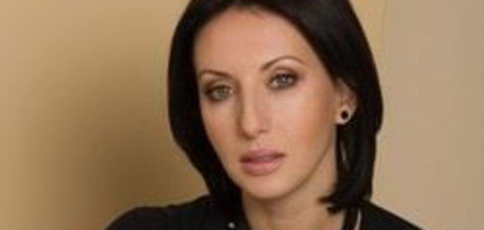 51-річна Аліка Смєхова розбурхала мережу відвертим фото в купальнику