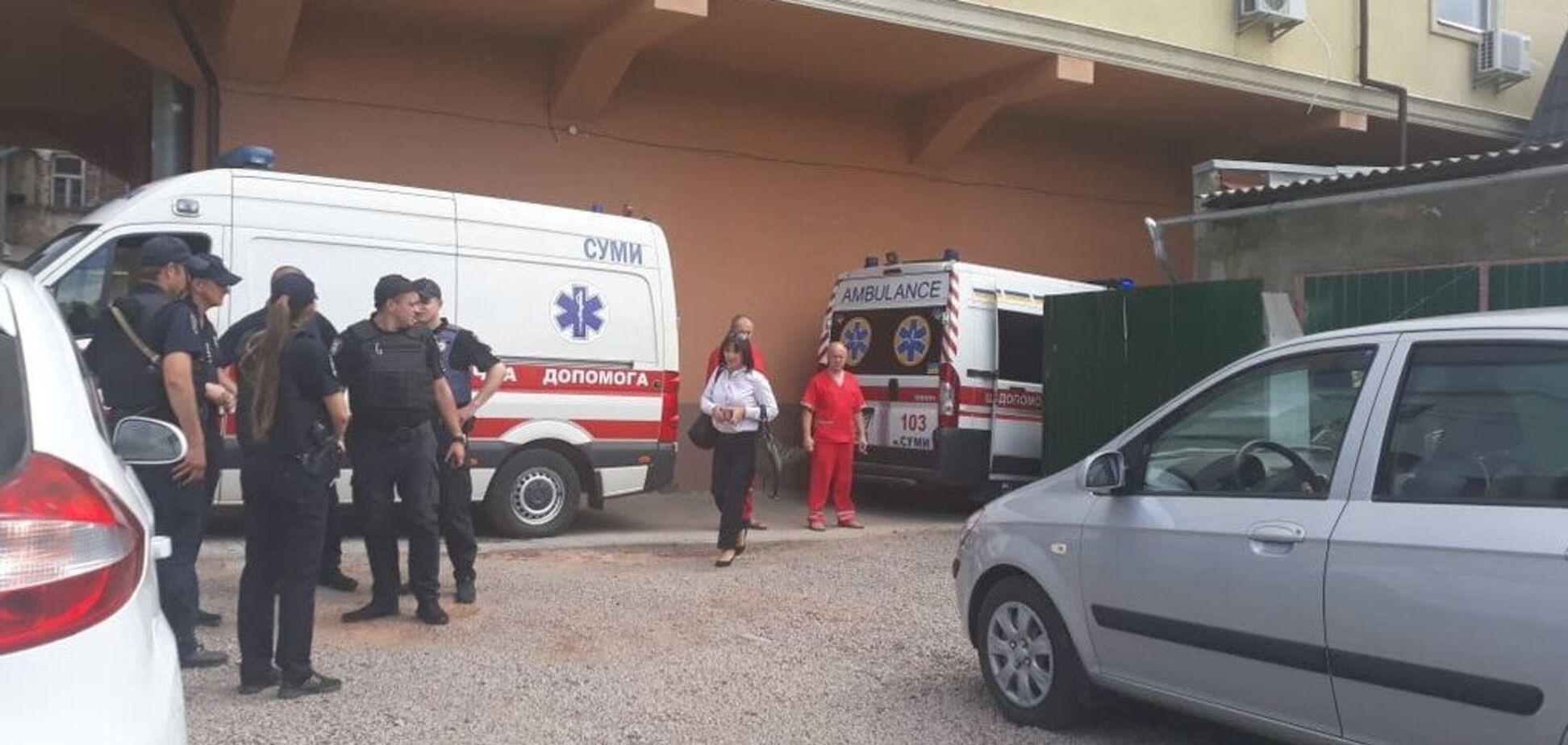 В центре Сум женщина устроила кровавую стрельбу и ранила ребенка: фото и видео
