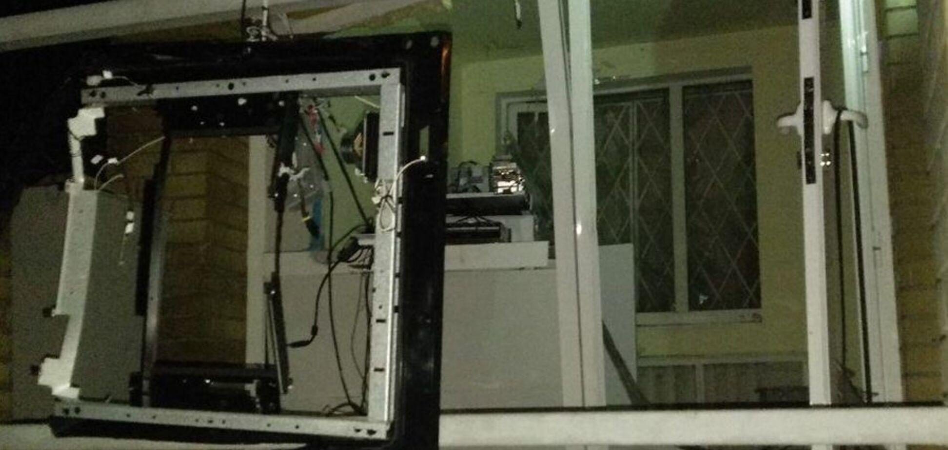 Запустили газ и взорвали: в Днепре ограбили известный банкомат