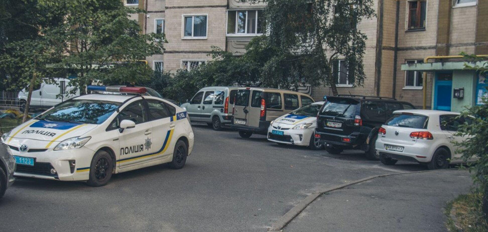 Прыгнул с запиской в руках: в Киеве мужчина совершил самоубийство