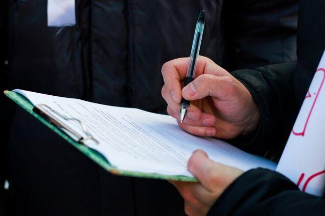 Ажиотаж вокруг кардинально разных соцопросов по выборам в Раду: появилось объяснение