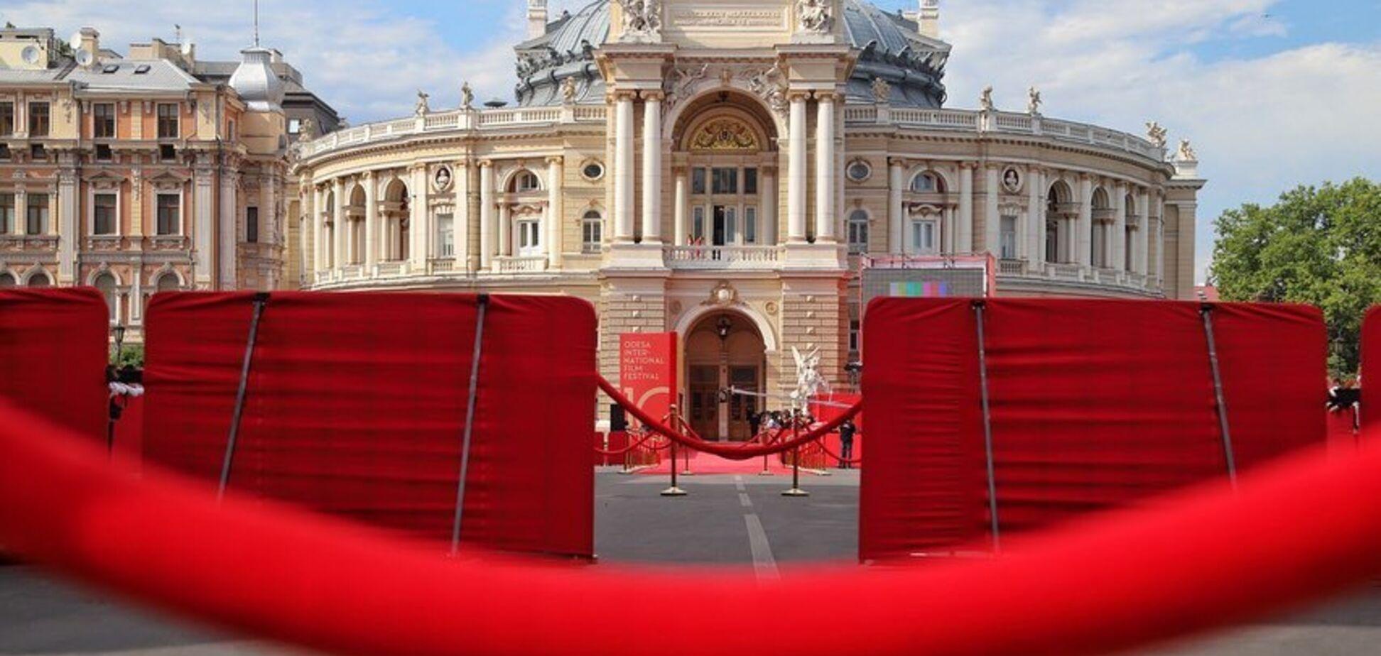 В Одесі відкрився 10-й міжнародний кінофестиваль: фото з червоної доріжки