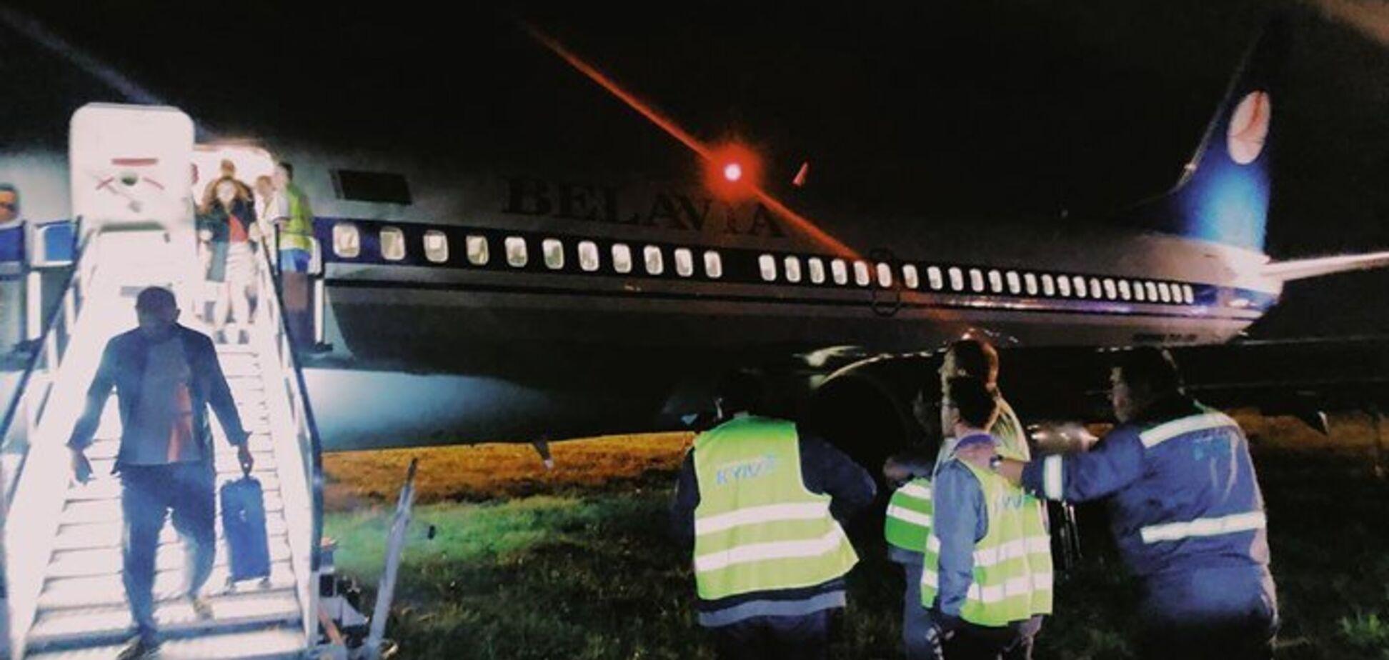 У Києві в 'Жулянах' сталася НП із літаком: усі подробиці