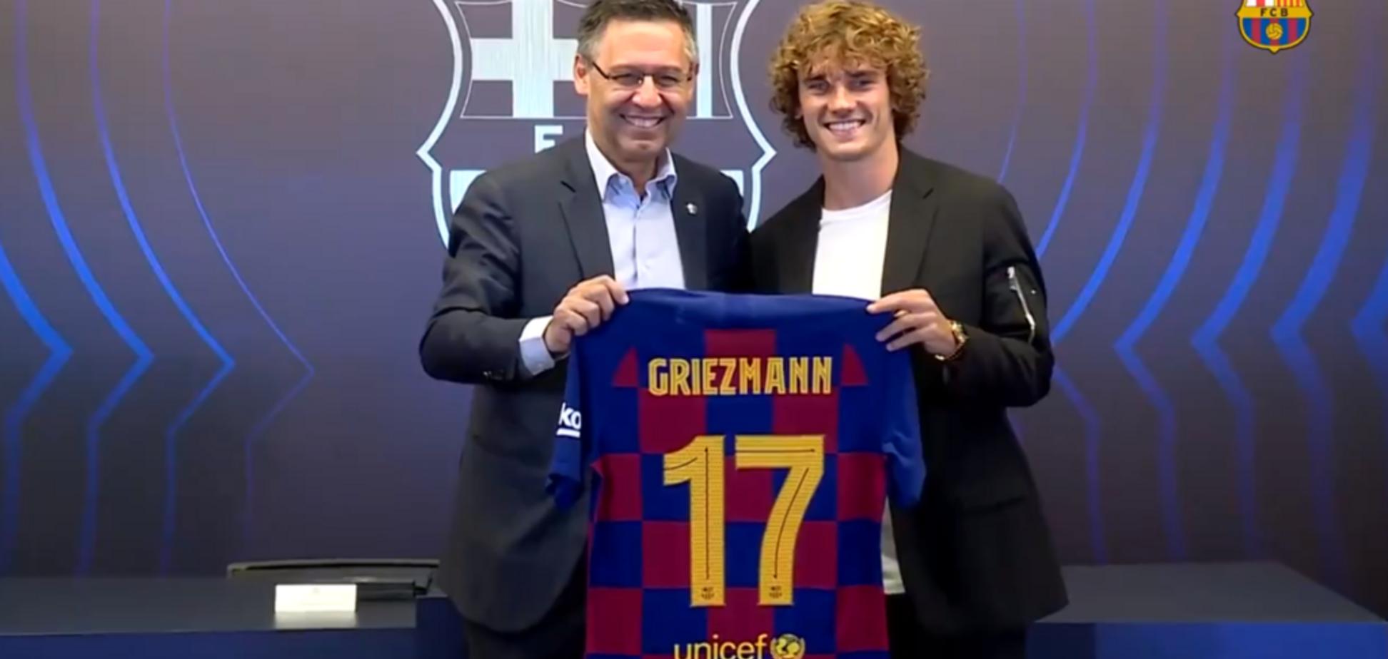 Официально: 'Барселона' оформила самый скандальный трансфер лета