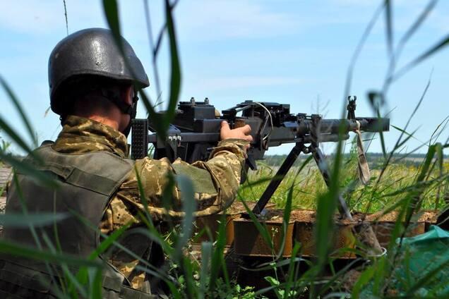 Боец ВСУ в зоне боевых действий, иллюстрация