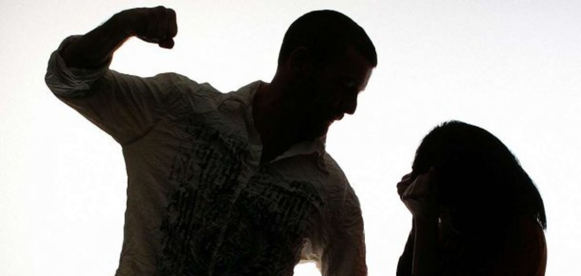 Задушил и сбросил в колодец: жителя Орловщины судят за убийство беременной женщины