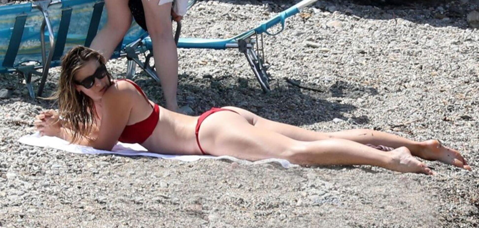 'Де груди?' Роздягнену Шарапову зловили на пляжі папараці