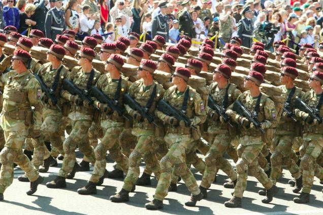 Військовий парад на Хрещатику 24 серпня 2018 року