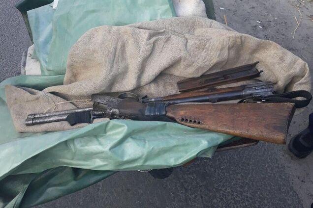 В Днепре поймали мужчину с нелегальным оружием
