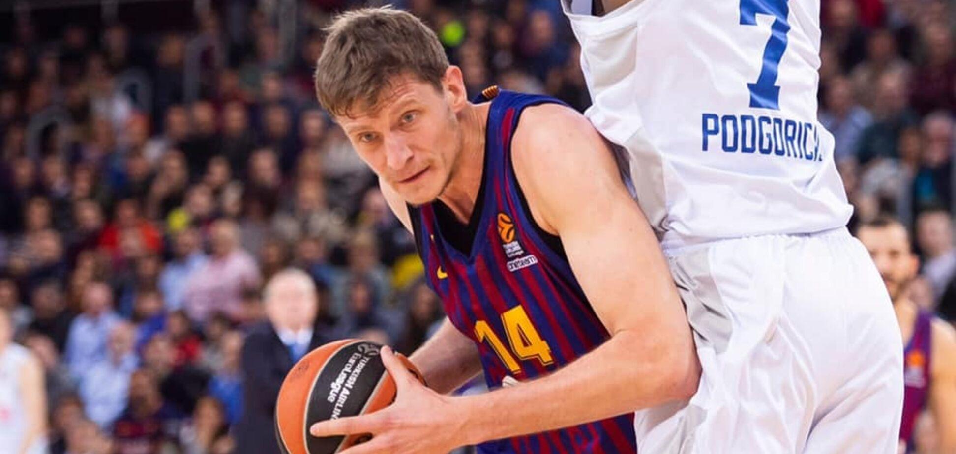 'Барселона' приняла решение о центровом сборной Украины