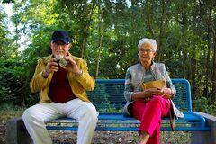 Ученые установили, кто чаще болеет Альцгеймером