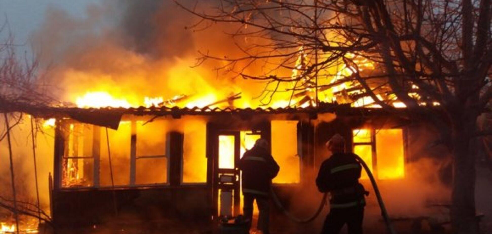 Под Днепром при пожаре заживо сгорела женщина