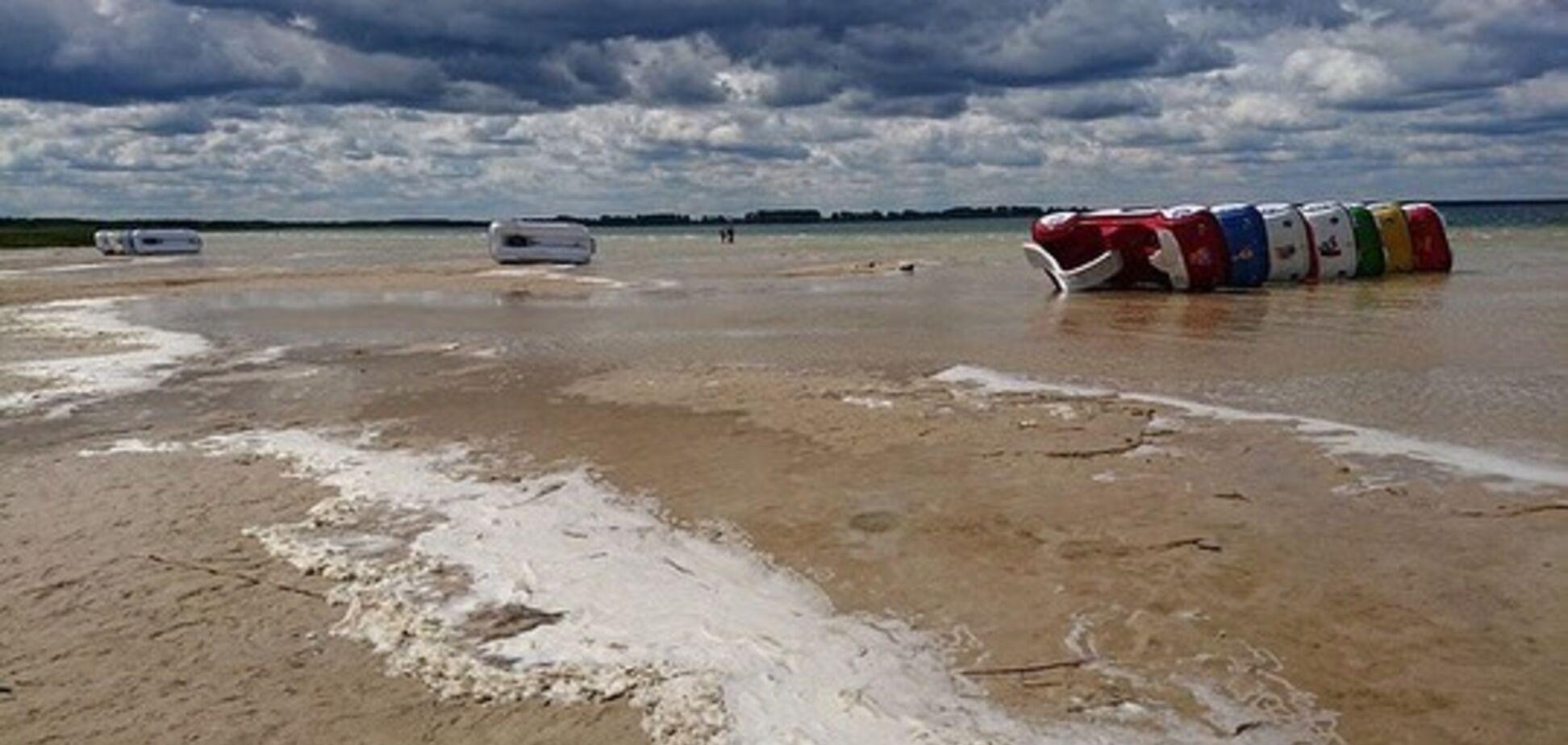 Самое глубокое озеро Украины на грани катастрофы: что с ним