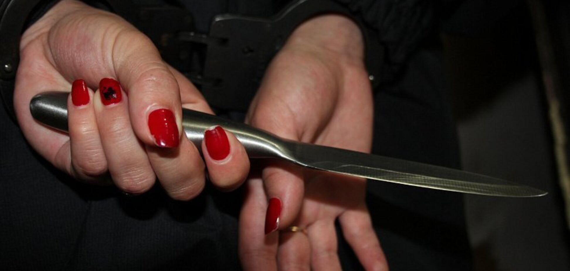 Ножем в шию: в Дніпрі жінка жорстоко вбила свого співмешканця