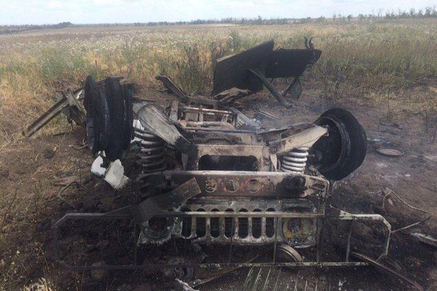 Знищений авто санітарів ЗСУ
